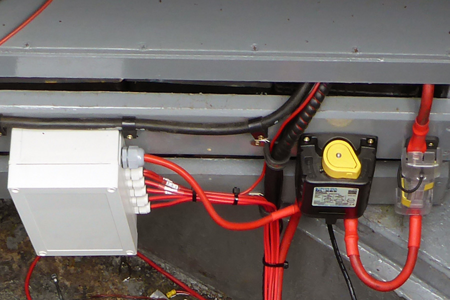 AP1050803